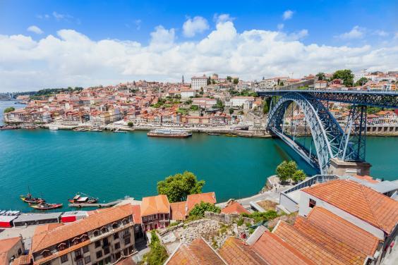 Τα καλύτερα αξιοθέατα του Πόρτο μέσα σε 48 ώρες από τον Τάσο Δούση