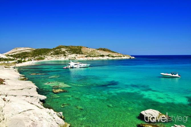 Τάσος Δούσης: Γιατί φέτος πρέπει οπωσδήποτε να επισκεφθείτε αυτό το νησί στην Ελλάδα για να γεμίσει η ψυχή σας  ευτυχία!