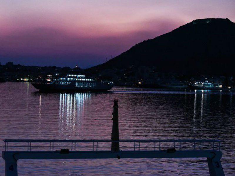 Σαλαμίνα, πλοία
