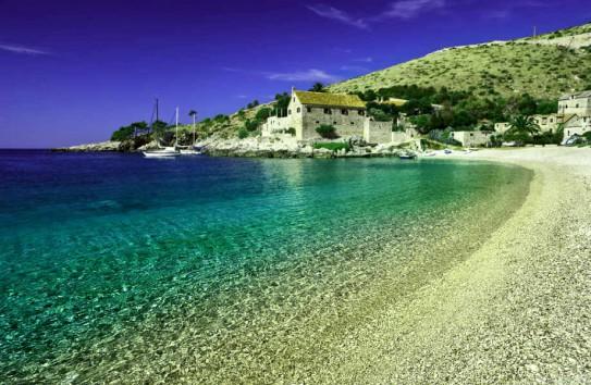"""Τα 7 """"κρυμμένα"""" διαμάντια του κόσμου! Ανάμεσά τους και ένα ελληνικό νησί που δεν φαντάζεστε!"""