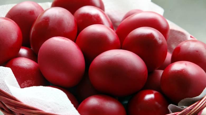κόκκινα αυγά Πάσχα