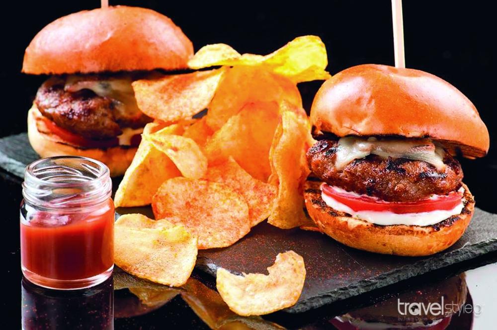 Το travelstyle.gr σας προτείνει 6 must στάσεις για street food στην Θεσσαλονίκη!