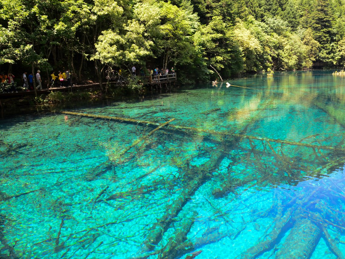 Τεράστια διάκριση για την Ελλάδα! Η παραλία με τα πιο γαλάζια νερά στον κόσμο βρίσκεται στην χώρα μας!