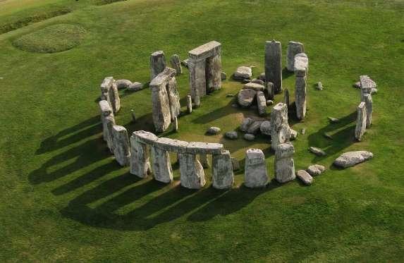 Ποια είναι τα μνημεία και τα αξιοθέατα που αργοπεθαίνουν και γιατί;