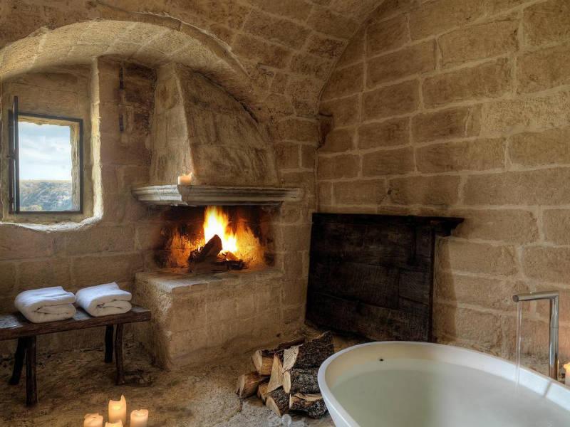 Ιταλία: Ένα υπέροχο ξενοδοχείο μέσα σε ένα… σπήλαιο (photos)