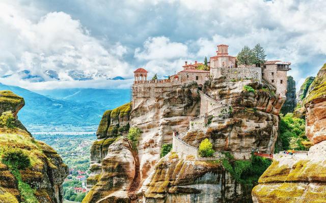 Μοναστήρια Μετέωρα, Ελλάδα