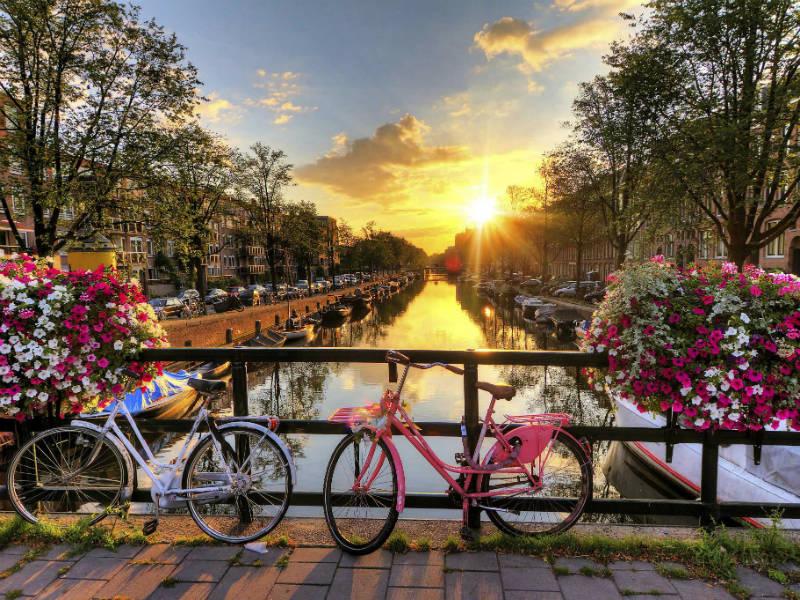 Άμστερνταμ: 10 λόγοι που θα σε πείσουν να το επισκεφθείς την άνοιξη!