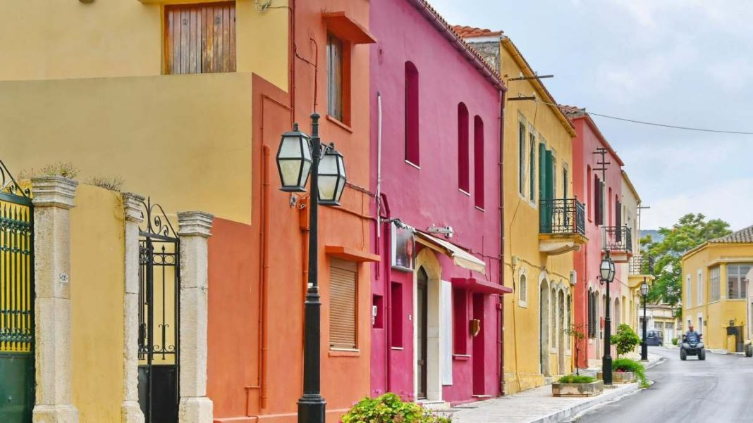 Αρχάνες Κρήτη όμορφο χωριό χρώματα