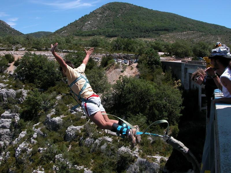 6 ταξιδια που θα ανεβάσουν την αδρεναλίνη σου στα ύψη! Ανάμεσα τους μια περιπέτεια σε ένα ελληνικό νησί!