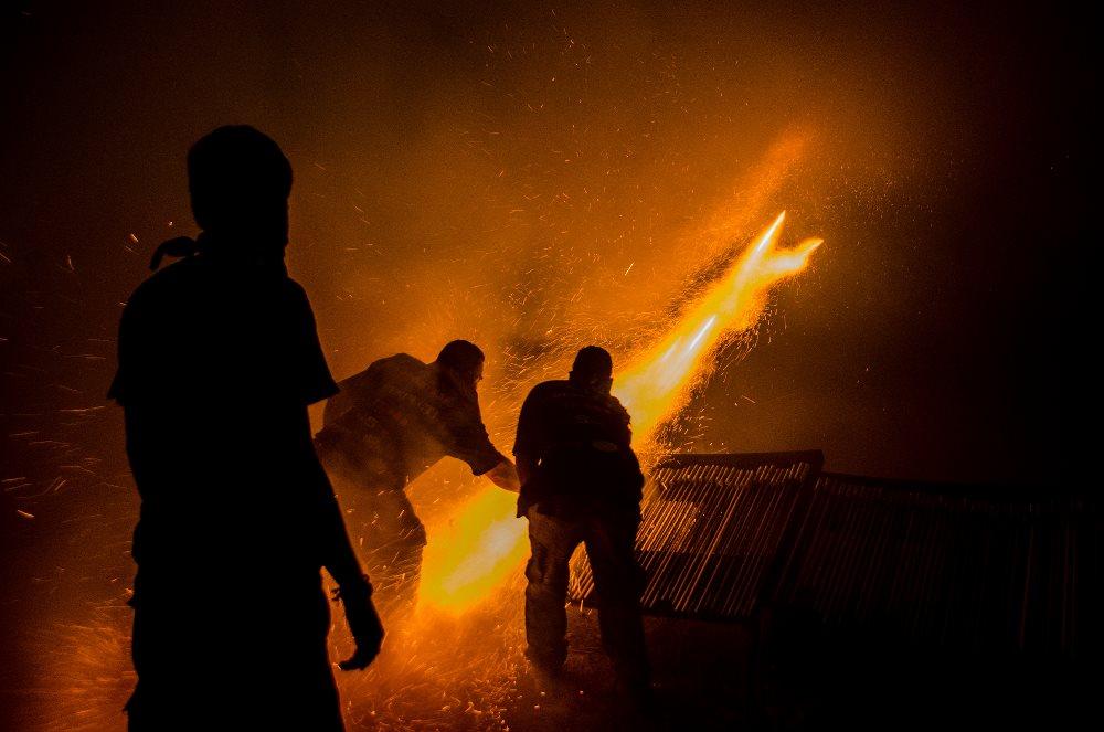 Ρουκετοπόλεμος, Πασχαλινό Έθιμο Χίος