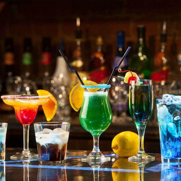 Πιες μόνο με 6 ευρώ: Τα πιο οικονομικά και κουκλίστικα μαγαζιά της Αθήνας