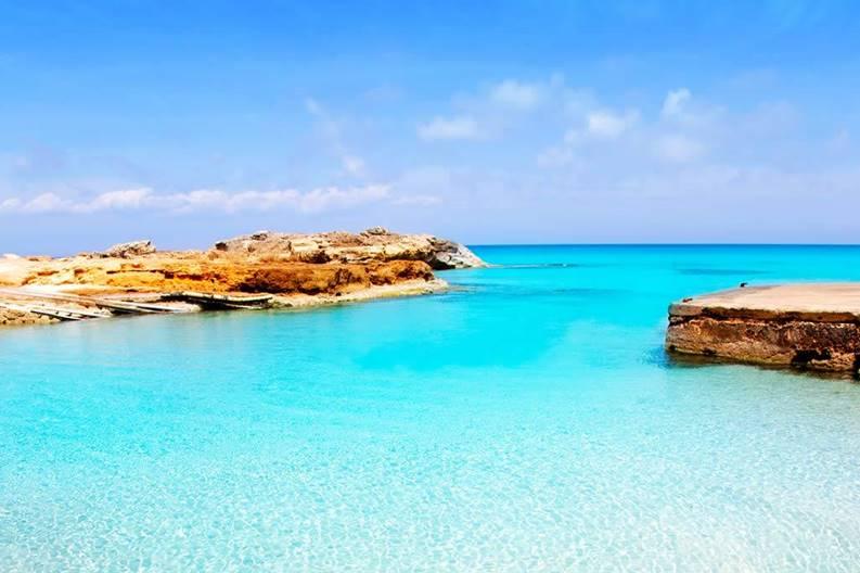 Παραλία στην Φορμεντέρα