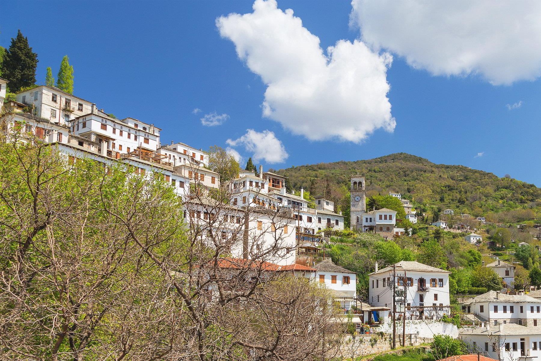 Πάσχα: Οι προορισμοί που θα ταξιδέψουν οι Έλληνες σύμφωνα με τους ταξιδιωτικούς πράκτορες! Υπάρχουν εκπλήξεις;