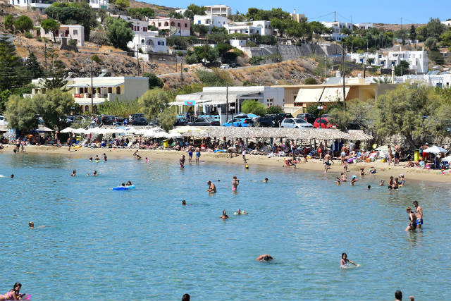Παραλία Μέγας Γιαλός Σύρος