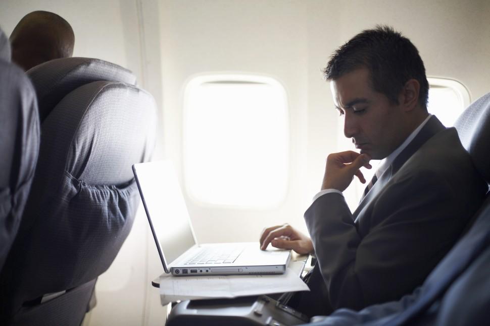 Έρευνα: Αν επιλέγετε αυτή τη θέση στο αεροπλάνο είστε πολύ εγωιστές!