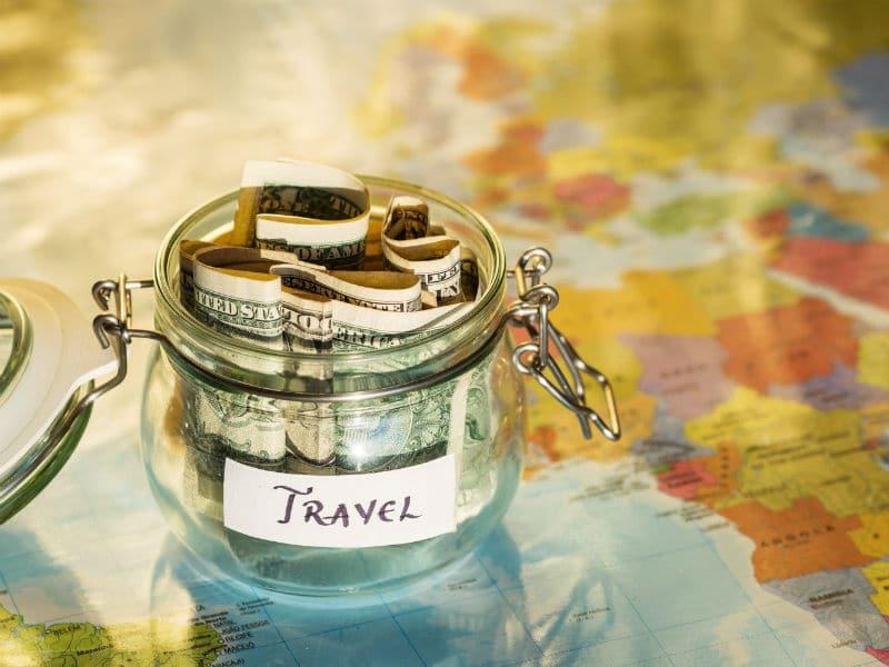 Θέλεις να πας διακοπές αλλά σκέφτεσαι τα χρήματα; 5 tips που αν τα ακολουθήσεις θα τα καταφέρεις!