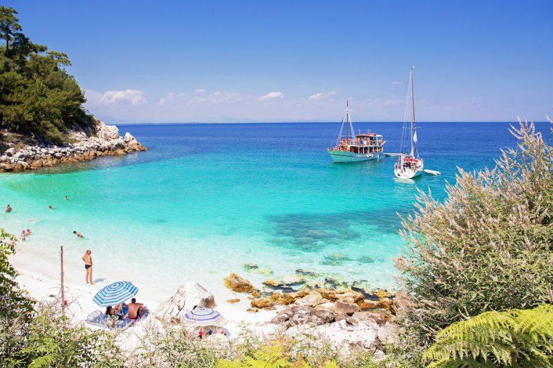 Παραλία Σαλιάρα στη Θάσο