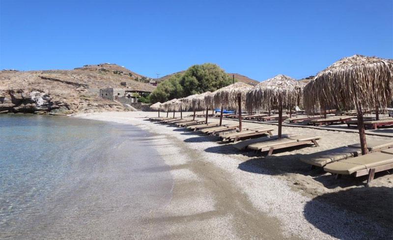 """Κέα: Οι 10 κορυφαίες παραλίες του """"παράδεισου"""" δίπλα στην Αθήνα που θες να βουτήξεις τώρα! (photos)"""