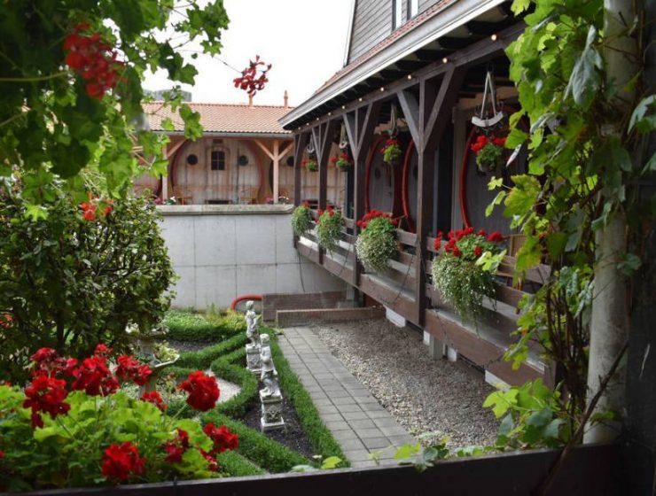 Ξενοδοχείο από βαρέλια κρασιού στην Ολλανδία