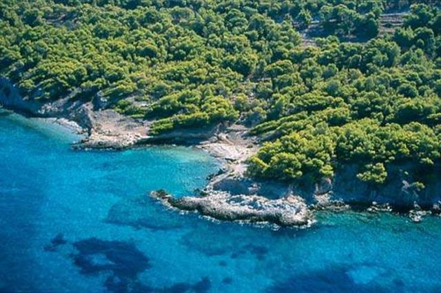 Δραγωνέρα - παραλία Αγκίστρι