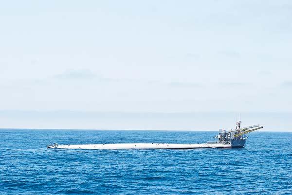 Αυτό είναι το πιο παράξενο πλοίο στον κόσμο! (photos)