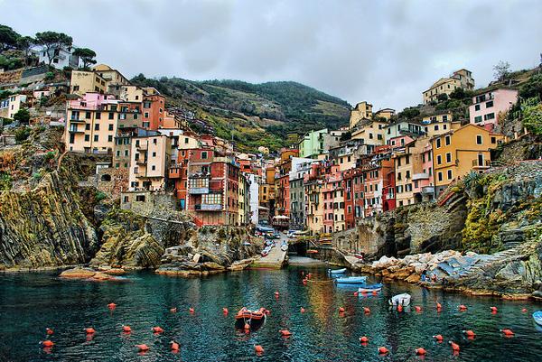 Ταξιδεύουμε στα 10 ομορφότερα χωριά του κόσμου, ανάμεσά τους κι ένα ελληνικό!