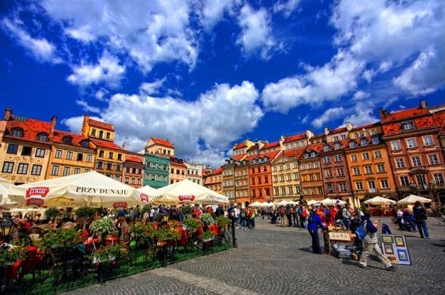 Τορούν (Toruń), Πολωνία