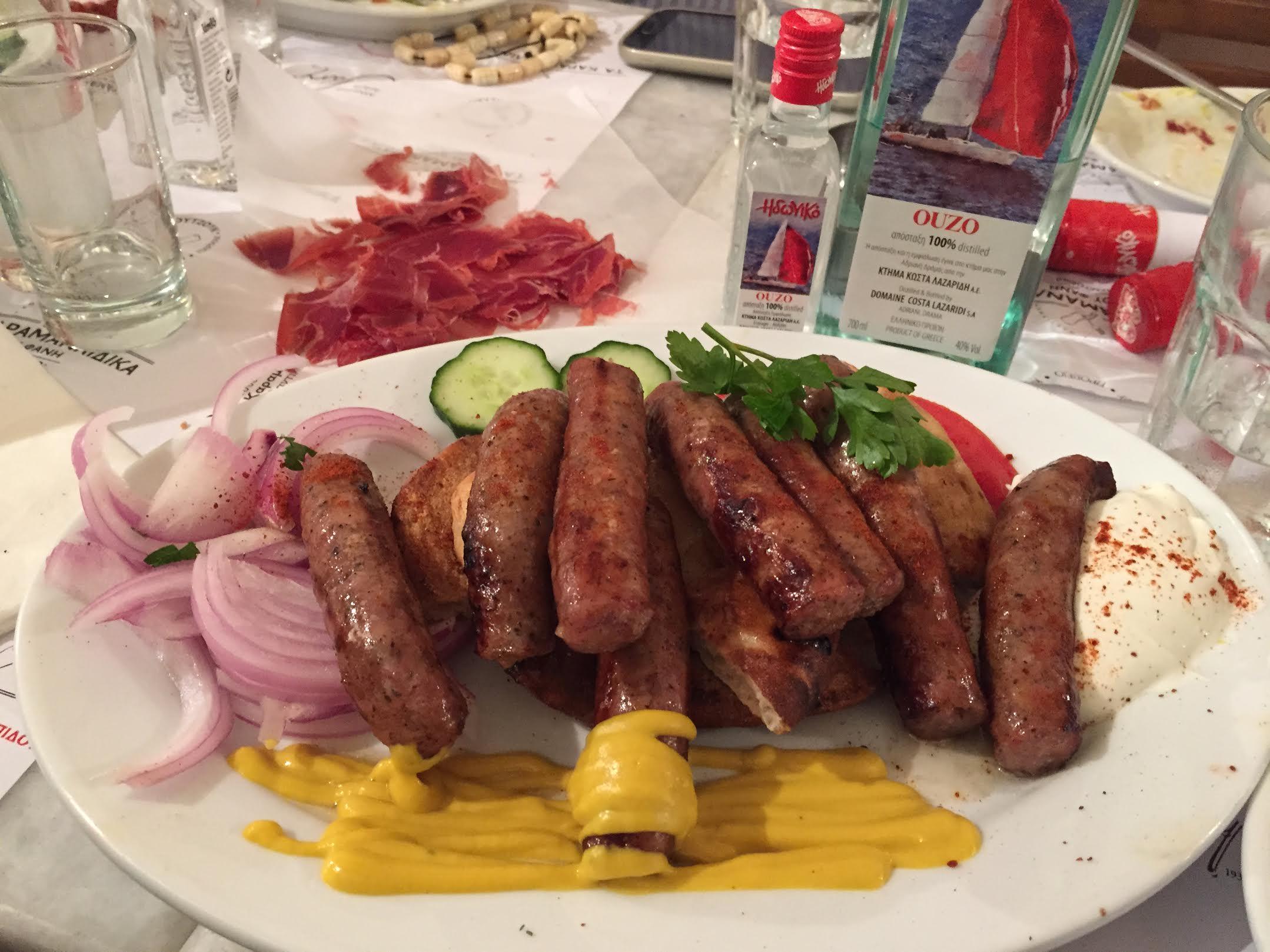 Ο Τάσος Δούσης ανακαλύπτει το πιο τίμιο μαγειρείο της Αθήνας που έχει ξετρελάνει τους ξένους!