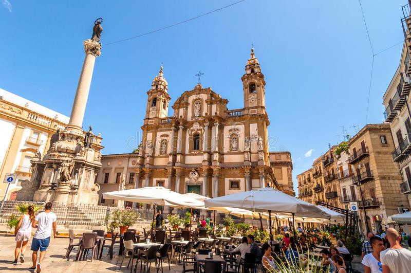 Η Ελλάδα δεύτερος πιο περιζήτητος προορισμός το 2018- Ποιοι τουρίστες την επιλέγουν