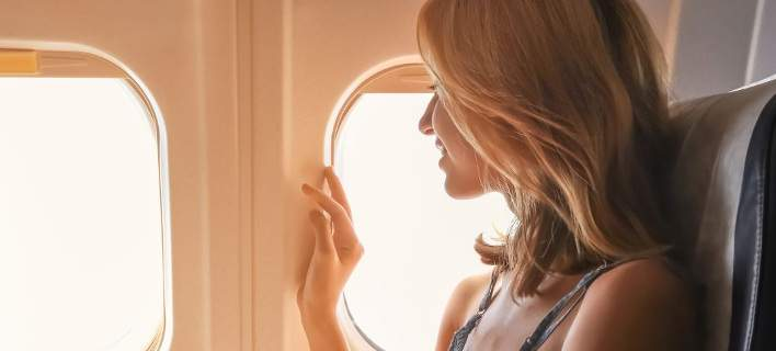 Έρευνα: Αυτά είναι τα 3 πιο ενοχλητικά πράγματα που κάνει κάποιος στο αεροπλάνο!