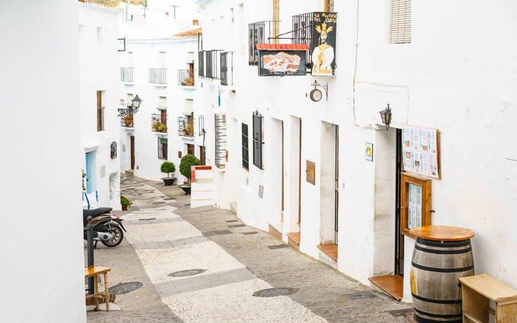 Η γραφική «λευκή πόλη» της Ανδαλουσίας