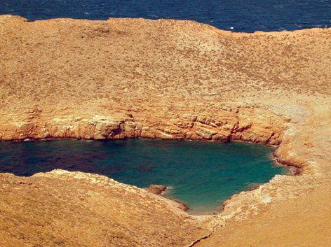Κύθνος: Οι παραλίες που δείχνουν την ομορφιά του νησιού!