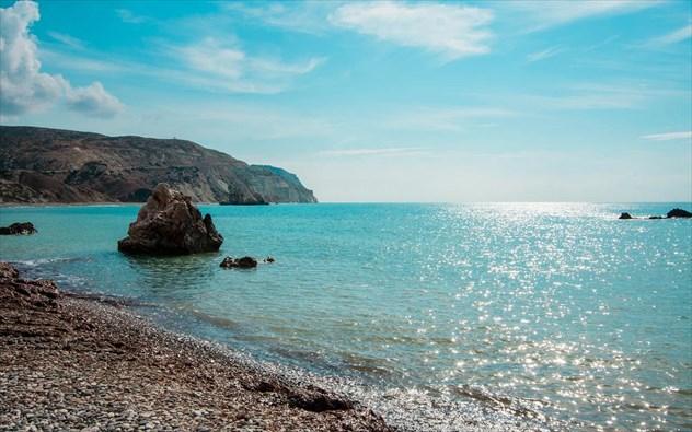 6 μοναδικοί προορισμοί στη Μεσόγειο για ήλιο και θάλασσα