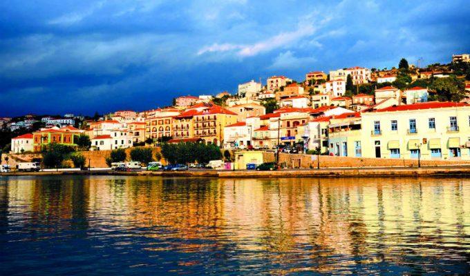 Παραθαλάσσια χωριά Πελοπόννησος