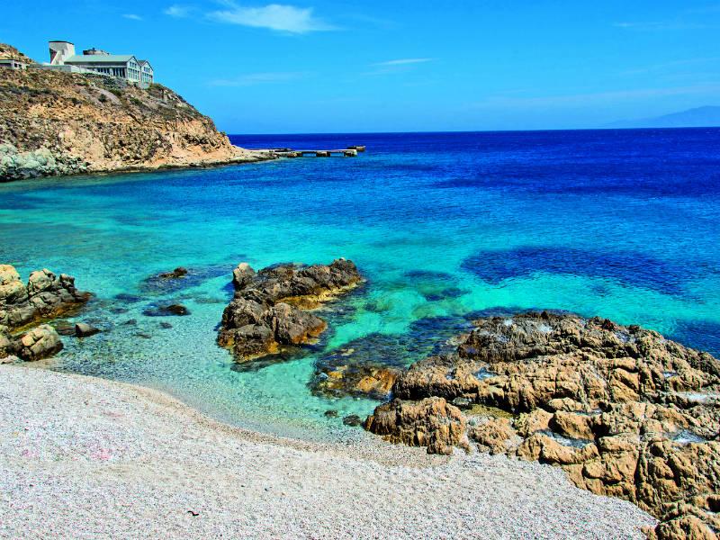Οι ωραιότερες απομονωμένες παραλίες της Μυκόνου!