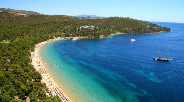 Κουκουναριές παραλία Σκιάθος