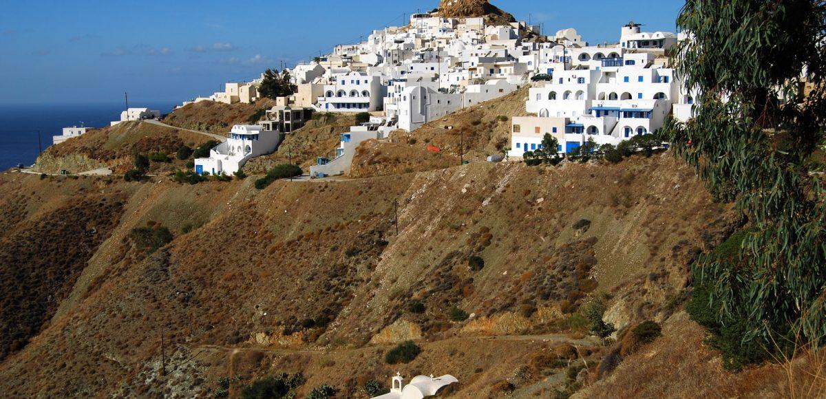 Ανακαλύψτε τις πιο όμορφες παραλίες στην Ανάφη- Το μαγικό νησί