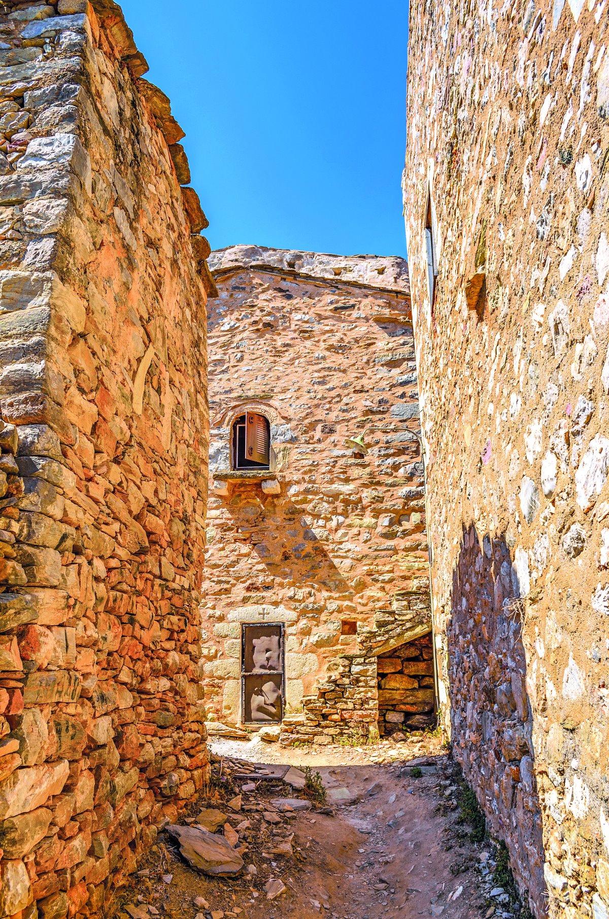 Πετρόχτιστα κτήρια Μάνη