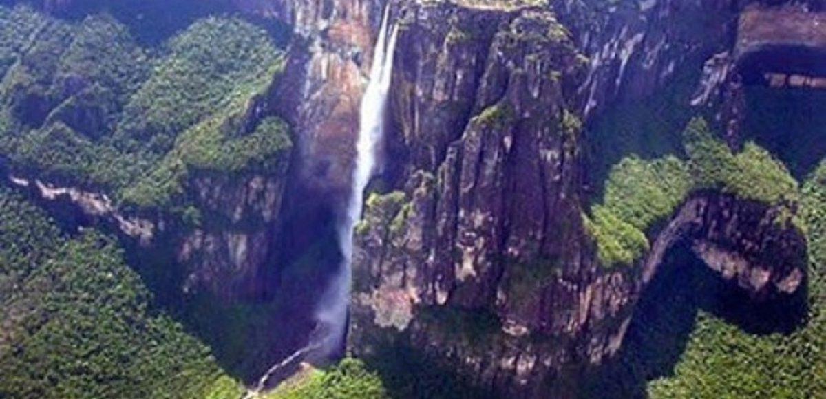 Angel Falls: Η ιστορία που κρύβεται πίσω από τον καταρράκτη- Το εντυπωσιακό video