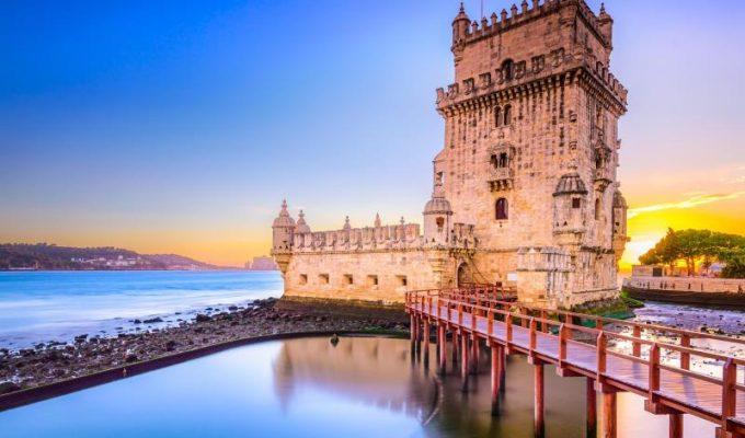 Λισαβόνα: Δείτε τον Πύργο της Μπελέμ και περπατήστε στα όμορφα σοκάκια της