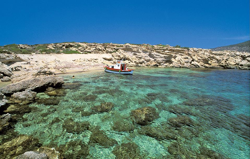 Νίσυρος παραλίες
