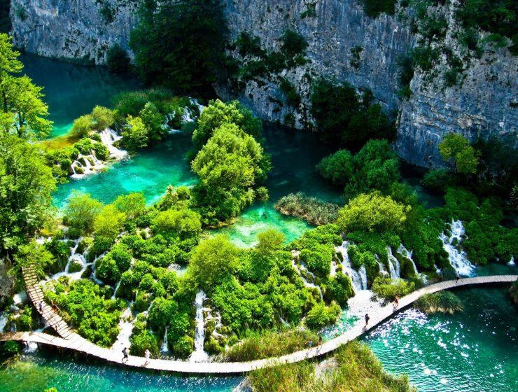 Ρίξτε μια ματιά- Εντυπωσιακά Μέρη που πρέπει έστω και μια φορά να επισκεφτείτε στη ζωή σας!