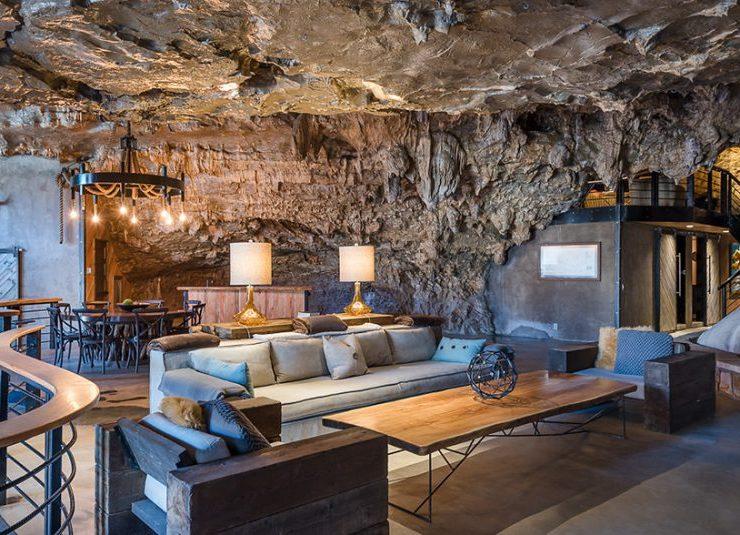 Σύγχρονο πολυτελές σπίτι μέσα σε φυσική σπηλιά! Που βρίσκεται;