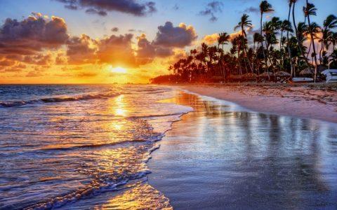 Το πανέμορφο νησί με τις παραλίες και την υπέροχη τοπική κουζίνα