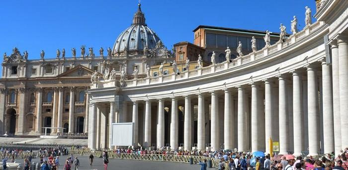 Δείτε τις 5 πιο ΕΝΤΥΠΩΣΙΑΚΕΣ αλλά και ΔΙΑΣΗΜΕΣ Εκκλησίες του Πλανήτη (PHOTOS)