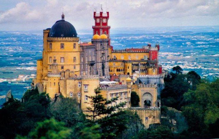 Aξέχαστες διανυκτερεύσεις σε εντυπωσιακά κάστρα στην Ευρώπη- Νιώστε ΙΠΠΟΤΗΣ