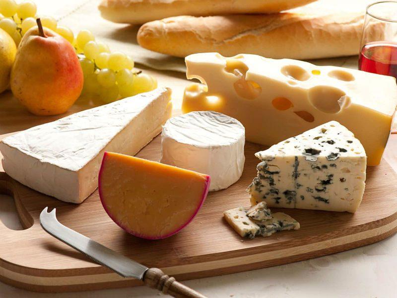 Τα 4 γαλλικά τυριά που πρέπει να δοκιμάσεις, έστω και μια φορά στη ζωή σου!