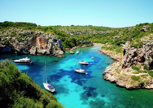 Menorca: Ιδανική για οικογενειακές διακοπές