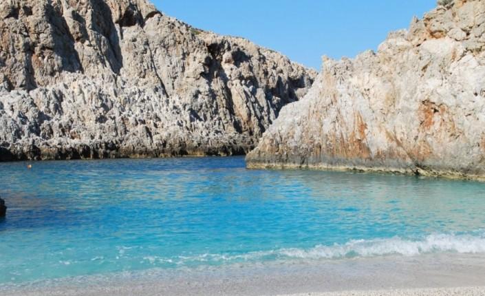 Μια παραλία που θα την ερωτευτείς αν την επισκεφτείς!!!