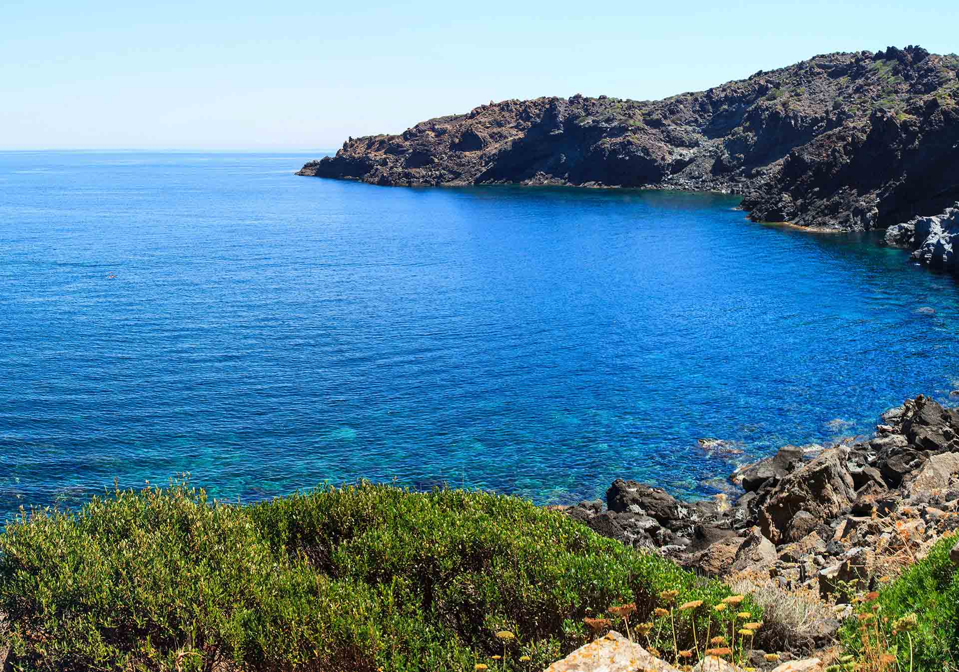 Pantelleria: Το νησί στην Ιταλία που πρέπει να γνωρίσετε